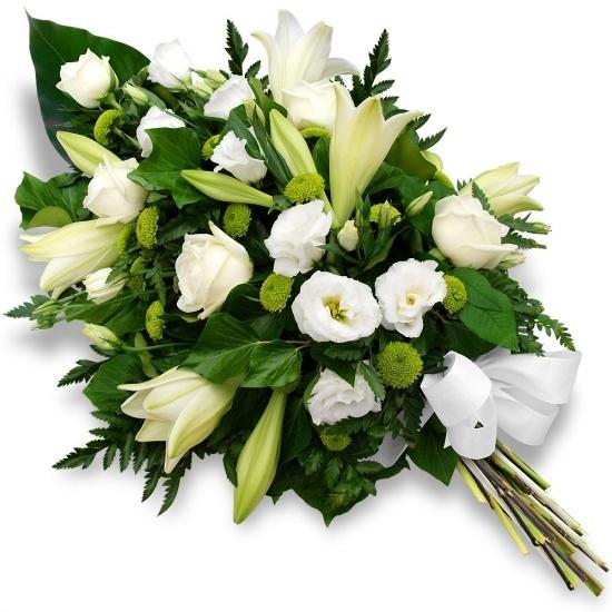 gerbe de fleurs blanches de deuil