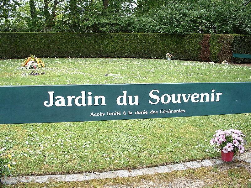 jardin du Souvenir dans un cimetière