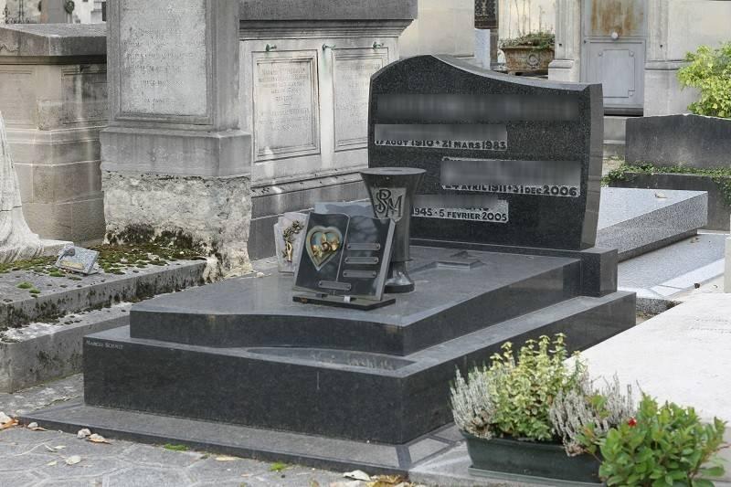 pierre tombale en granit